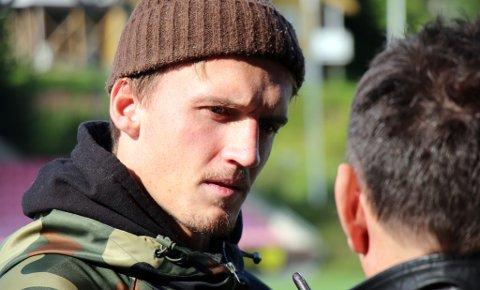 SLITER: Runar Espejord kan fortsatt være ute i et par måneder, ifølge trener Simo Valakari.