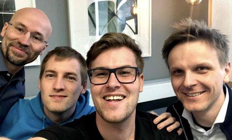 DANSKE TEKNOLOGIPARTNERE: Anders Stormo (t.v) og Marius Christensen (t.h) sammen med sine danske teknologipartnere Foto: Privat