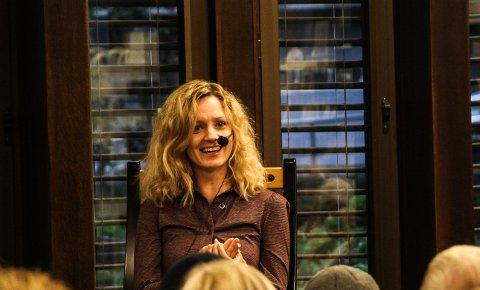 TETT PÅ: Inger Merete Hobbelstad har båret Shakespeare ved hjertet hele livet.
