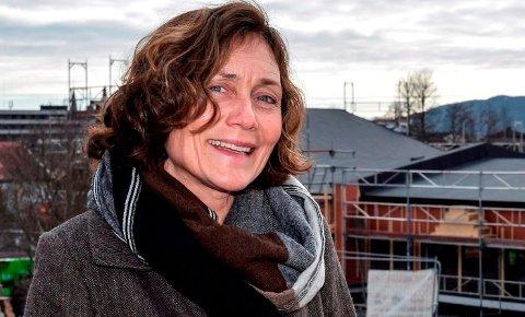 ØNSKER FLERE BARN: Inger Hagen, kommunalsjef barnehage, ønsker flere barn velkommen både til verden og Søndre Land – hele året.