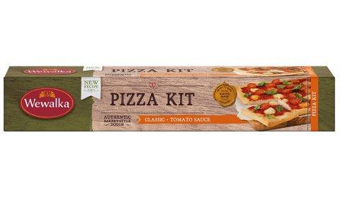 METALL: Coop kaller tilbake pizza kit 600 gram fra produsenten Wewalka etter mistanke om at pizzasausen i pakningen kan inneholde spor av metall.