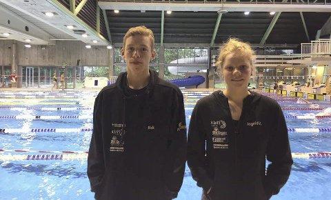 GODE PRESTASJONER: Rick Sol og Ingrid Vie svømte seg til finaler under Mjøssvøm denne helgen. De har fått godt betalt for å ha lagt ned mye trening i bassenget. Foto: Privat