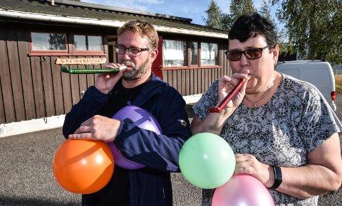 BURSDAG FOR ALLE: Alle barn fortjener en bursdagsfest, mener Nils Richard Melby og Anita Dyrvik.