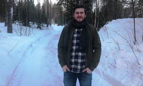 NY KARRIERE: Vegard Hem Johansen (23) drømte om å drive med skiskyting på heltid. Slik ble det ikke. Men nå har koppangsingen funnet en ny karriere innen musikk.