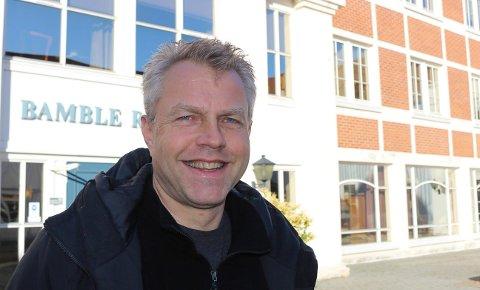 VENTER: Plan- og bygningssjef Finn Roar Bruun i Bamble.