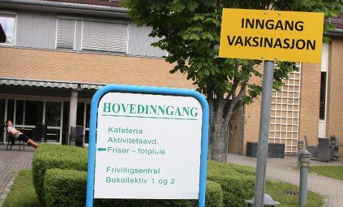 Vaksinasjonsprogrammet i Bamble pågår gjennom hele sommerferien. Vaksinasjonssenteret i Bamble er i Stathelle servicesenter i Falkåsen.