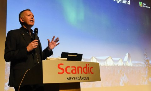 Henrik Johansen forventer ikke at det kommer penger til flyplassen i revidert nasjonalbudsjett.