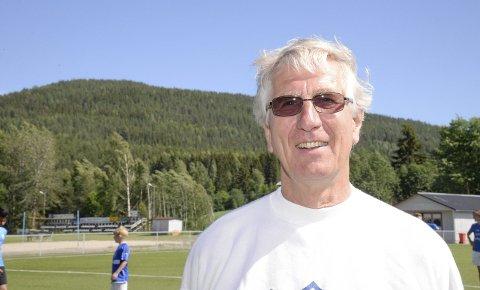 Tore Bentzen i Ådal IL gleder seg over at 116.000 kroner kommer inn på idrettslagets konto som følge av momskompensasjon.
