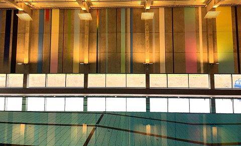 RIMELIG: Nes Svømmehall kan tilby lav inngangspris.