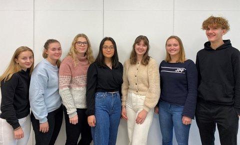 ÅRETS OD-KOMITÉ: Ingeborg Mangset Sundberg (fra venstre), Helene Woll, Tilde Sannevik Frilseth, Lisa Eikeland, Elise Sjåstad, Emma Gunnestad og Mathias Løkeberg.