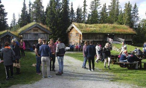 Landhandel: På lørdag ble det arrangert landhandel i flotte omgivelser