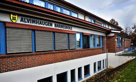 DISKOTEK OG MØTEPLASS: Her, i lokalene til nærmiljøhuset Alvimhaugen barneskole, åpner en ny møteplass for ungdom.