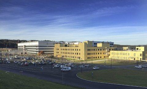 Usikkerhet: Helse Sør-Øst velger det utrygge for bl.a. sykehuset på Kalnes ved å sende datadriften ut av landet.