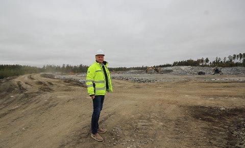 HOLTSKOGEN NÆRINGSPARK: Hans Jørgen Herje er sjef for Østfold største næringspark, og bak ham vil amerikanske Digiplex bygge ett av sine to nye datalagringssentre i Norge - et anlegg som kan gi jobb til 200 personer.