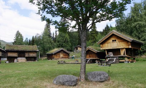 Vil med: Nå vil også Tuddal bygdetun bli med i det konsoliderte Norsk Industriarbeidermuseum. Oggå Heddal Mølle har ønsket det i den prosessen som går nå