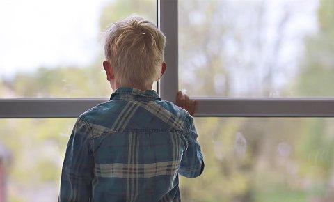 VENTER PÅ FAMILIE: Fosterhjemstjenesten i Telemark har akkurat nå 43 barn de trenger fosterhjem til. I mars holder de informasjonsmøte på Notodden.