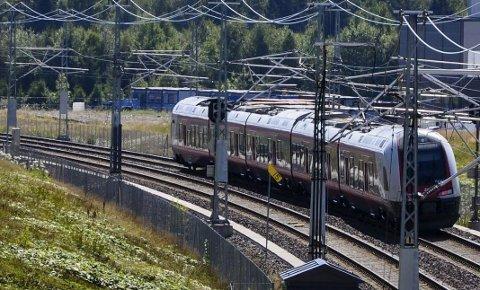 Pendlere mellom Tønsberg og Oslo kan nå spare 16-17 minutter på vei til jobb.