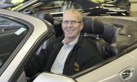 JAGUAR: Steinar Salminen selger Jaguar.