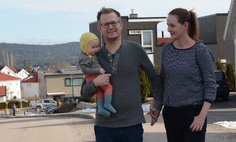 HJELPETILBUD: Legeparet Siri Engebretsen og Marius Skram har startet Facebook-gruppe for nabohjelp i Kruttverket.
