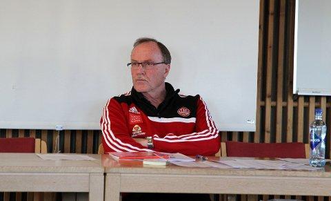 FORTSETTER: Eystein Lunåshaug tar to nye år som leder av hovedstyret i Tynset IF.
