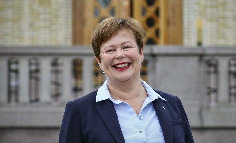 Stortingsrepresentant Siv Mossleth, Sp, er mildt sagt kritisk til den nye postloven. Foto: Ragne B. Lysaker