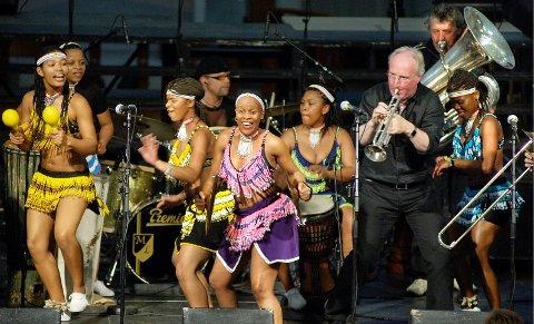 Kunst og kultur skaper samhandling på tvers av kulturelle forskjeller. På bildet Brazz Brothers and Women Unite under Musikkfestuka 2005.