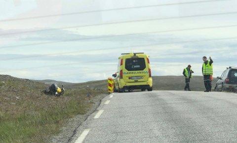 En motorsykkel havnet i grøfta torsdag ettermiddag.