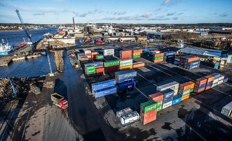 Borg havn er én av tre havner som skal være med i en ny dokumentarserie på tv.