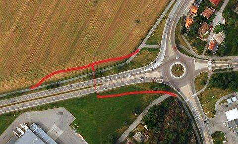 RAKKESTADSVINGEN: Den røde linjen viser hvordan gang- og sykkelveisystemet blir sommeren 2019. Før kulverten under riksvei 110 kan etableres, må veien legges om midlertidig. Omleggingen vil skje mot nord, dvs. oppover på bildet, i retning Selbak. (Foto/Illustrasjon: Gule sider/Våre veger)