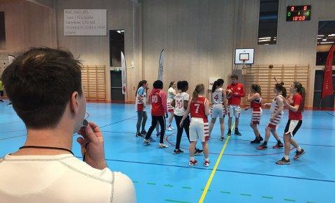 Ønsker mer: Fredrikstad Basketballklubb har fem aldersbestemte lag og ett seniorlag på herresiden, i tillegg til basketskole for de minste. Nå er de skuffet over redusert treningstid.