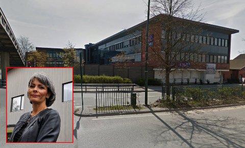 FANT LØSNING: Hassingveien 40 er nå på leting etter nye leietakere, etter at kommunen valgte å flytte ut. Etatssjef Voica Imrik i Fredrikstad kommune bekrefter at de utbetaler 1,5 millioner kroner.