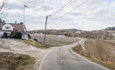 Hunnbakken er én av de kommunale veiene som kommer til å bli rehabilitert i år. Totalt skal Fredrikstad kommune bruke snaue 19 millioner på veirehabilitering i 2021.