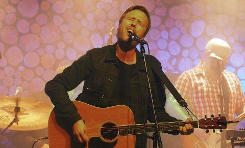Vidar Vang slipper singelen «Nu skjer det» som en første smakebit på et kommende album.