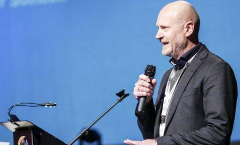 Støtter: Roger Solheim og godsalliansen deler den bekymringen for manglende satsing for å overføre gods fra vei til sjø og bane, som Narvik-ordfører Rune Edvardsen og stortingsrepresentant Åsunn Lyngedal ga uttrykk for i Fremover sist uke. Foto: Terje Næsje