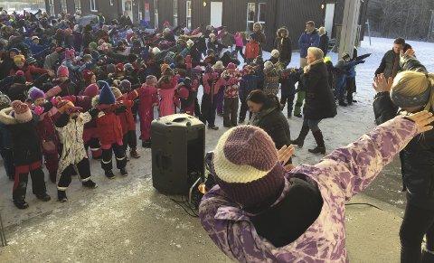 Blime-dansen: Fredag 11. november var den nasjonale Blime-dagen og over 250.000 skoleelever over hele landet rocket løs.