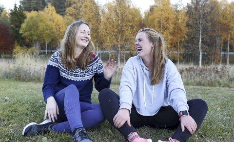 SUNN UTEN KROPPSPRESS: Det er mottoet til Maria Uldahl og Melissa Mosby. Sammen med en tredje ung kvinne har de startet en nettbasert helsebedrift.bilder: privat