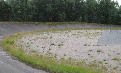 Nedslitt: Velodromen på Ystehede er 40 år og nedslitt, men HCK har fortsatt ikke gitt opp og jobber for en kraftig opprusting av arenaen.Arkivfoto: Simen Lunde