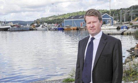 IKKE EVIG: – Jeg heller vel til at Mølen på sikt blir brukt til noe annet enn havneformål, sa Morten Christoffersen (KrF). Han mente også at debatten må opp på et høyere nivå om man skal få til noe.