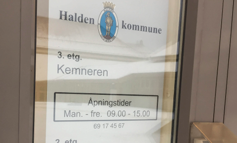 TI SØKERE: De har kommet inn ti søknader på den ledige stillingen som kemner i Halden kommune