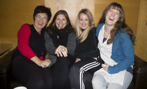 SETTER OPP MUSIKAL: Fra  venstre Elise Muff, Siri Nesse Pedersen, Caroline Erika Svela og Merete Midtbø, alle jobber i Karmøy kulturskole. Foto: Truls Horvei