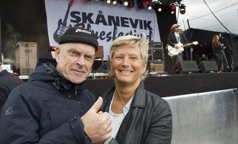 GØY PÅ FESTIVAL: Ekteparet Kristi og Bjarne Bunes.