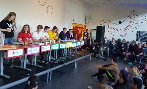 DEBATT: Sandnessjøen videregående skole hadde sin valgdebatt 24. august.