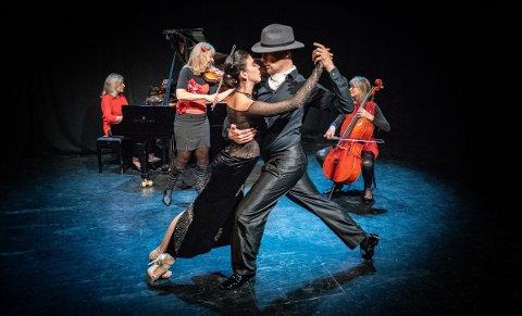 LILLESALEN: Steinar Refsdal og Cyrena Drusines opptredener til egne koreografier har alt det man forbinder med tangosjangeren: rytme, sensuell estetikk, lidenskap, raffinement og stilige antrekk.