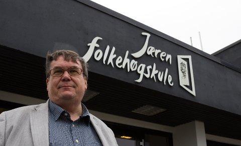 REKORD: Jæren folkehøgskule opplever rekordmange søkere til neste års kull. Nå jobber rektor Dag Folkvord med løsninger for å takle smittefaren.