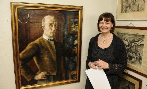 Sammen: Barnebarnet Greta Moldestad ved siden av et selvportrett Guido Schjølberg malte i 1934. Begge foto: Jimmy Åsen