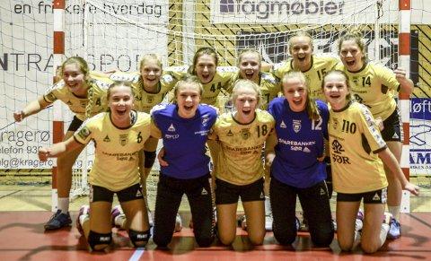 FULL POTT: Kragerøs jenter 16 år storspiller i Bringserien. (ARKIVFOTO: NILS JUL LANDE)