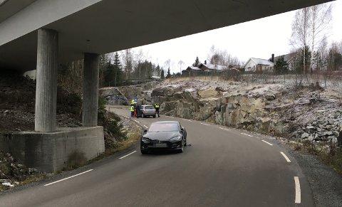 To personbiler kolliderte med hverandre i Nyveien