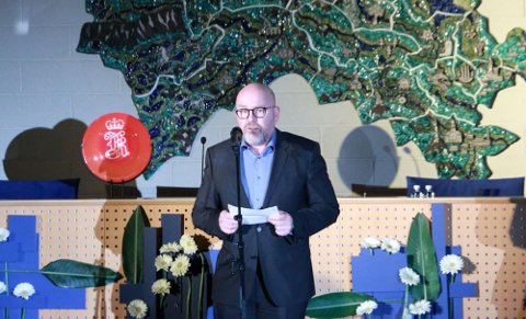 Tok i mot pris: Sjef på Arsenalet, Terje Bråthen, mottok prisen Årets lærebedrift fra fylkeskommunen onsdag kveld.