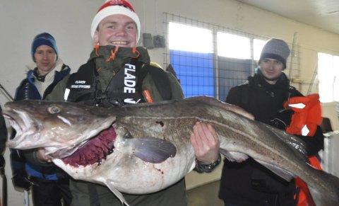 Ski: Vinnerfisken til verdensmester Thomas Kløften på 23,8 kilo ender på restaurantbordet til Egon på Ski Storsenter i Akershus. Foto: Kai Nikolaisen
