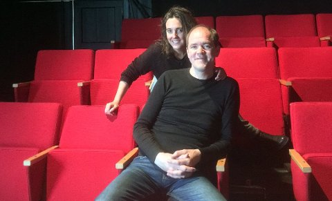 VANT KULTURPRISEN: Andreas Eilertsen driver Eilertsen & Granados Teaterkompani på Vestvågøy sammen med kona Cristina Granados. Onsdag vant Eilertsen & Granados teaterkompani